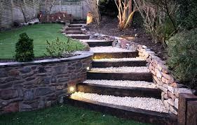 comment faire un escalier en bois dans le jardin